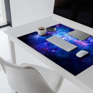 Weltraum-Schreibtischunterlage